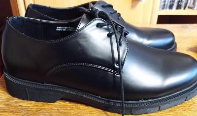 Luxusní Elegantní boty pro může velikost 45 Nové