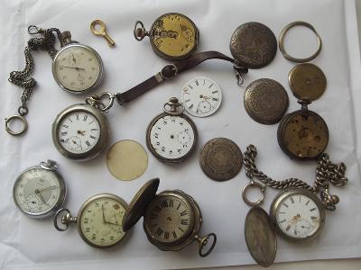 Staré náramkové hodinky cibule, jeptišky