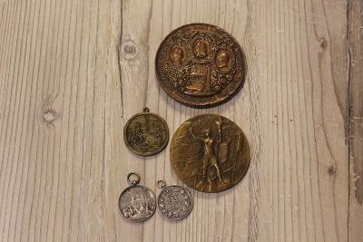 Lot medailí po sběrateli 5 Ks