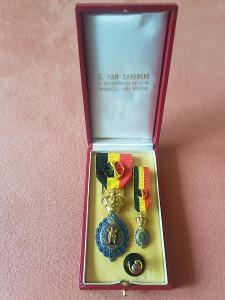 Belgické vojenské medaile 1E Klasse - E. Van Larebeke v etui, od 1Kč