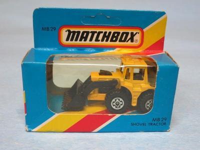 MATCHBOX - TRACTOR SHOVEL