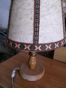 Stará stolní lampa