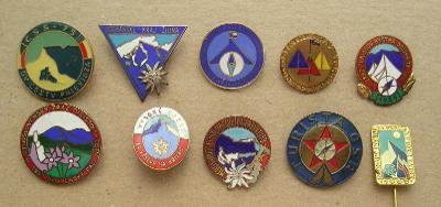 Soubor odznaků  - turistika