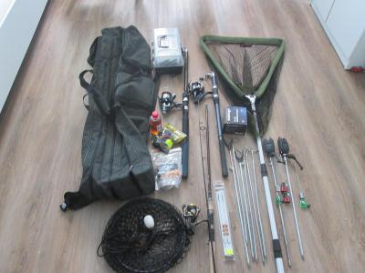 rybářská výbava-pruty -pouzdro-vybavení-doplňky