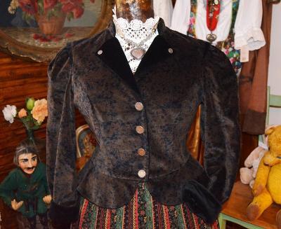 !!! Luxusní dobový sametový kabátek vel. 40 !!!