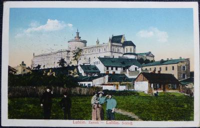 Polsko - Lublin - v pozadí Lublinský zámek - 1916.