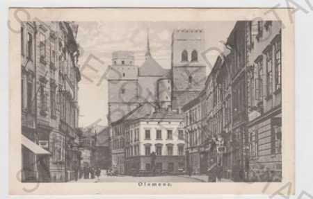 Olomouc, pohled ulicí