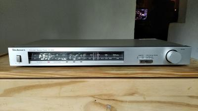 Vintage hifi stereo tuner Technics
