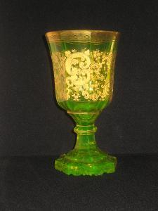 Pohár (sklenice) Biedermeier, uranové sklo