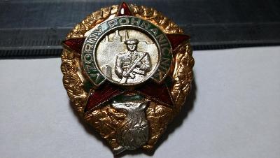 ORIGINALz 50let značený mincovna Kremnice.Vzorný pohraničník se smalty