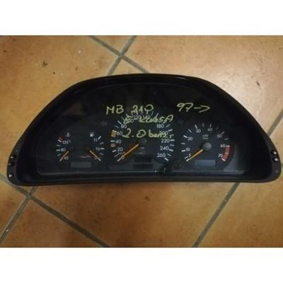 Mercedes E W210 2.0 licznik MB2105403848