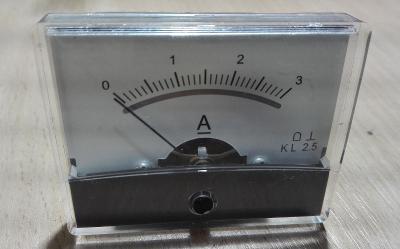 Ampermetr - panelovy 1-3A