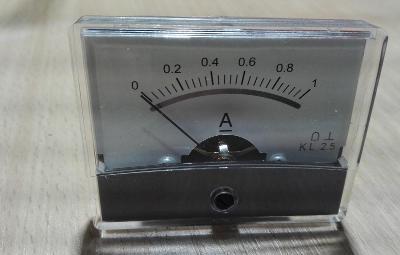 Ampermetr - panelovy 0-1 A