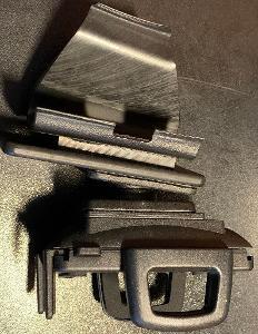 Držák mobilního telefonu do auta Mitsubishi Pajero Pinin