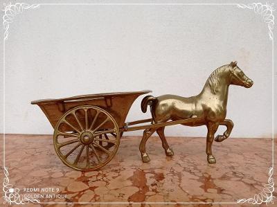 *** Starožitné bronzové dekorativní koňské spřežení s povozem ***