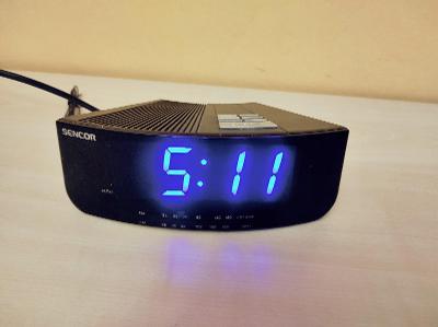 Rádio s hodinami Sencor
