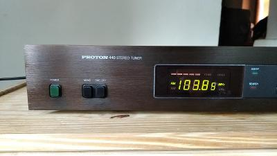 Vintage hifi tuner Proton