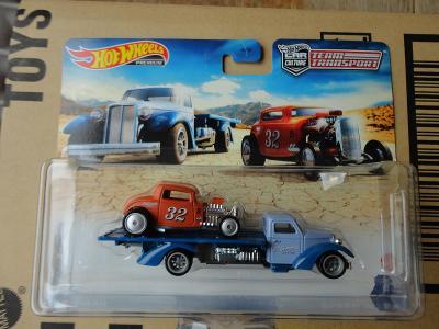Hot Wheels Team Transport 32 Ford/Speed Waze.Krabička je otevřena.