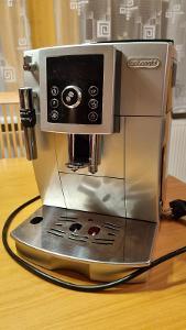 Kávovar Delonghi ECAM 23.420.SB