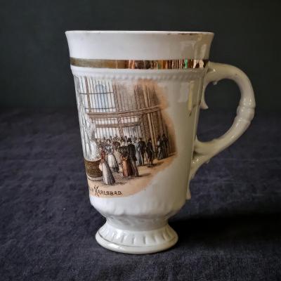 Starožitný secesní šálek, Vřídelní kolonáda z Karlových Varu 1891