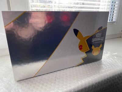 Pokemon TCG:celebrations - Ultra Premium Collection