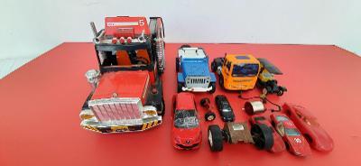 Vrakoviště starých autíček