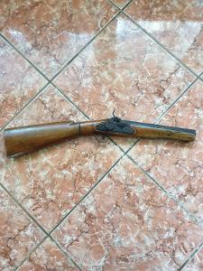 Perkusni puška rozkládací