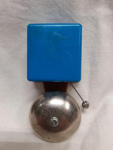 Hezký maličký  bakelitový domovní zvonek - / 448 /