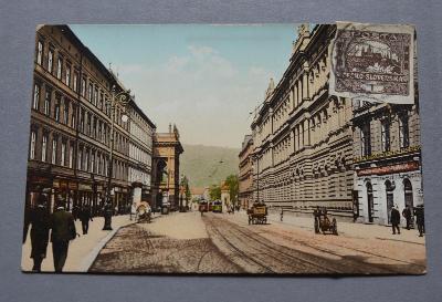PRAHA - Ferdinandstrasse - lidé tramvaj - povoz