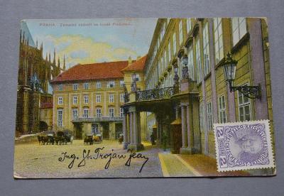 PRAHA - Zámecké nádvoří - 1908