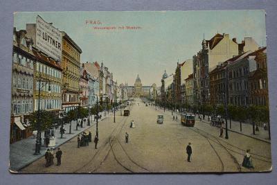 PRAHA - Václavské náměstí - Muzeum - lidé - tramvaj - reklama Luftner