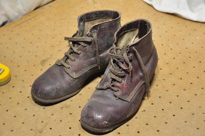 Staré boty první republika? kožené