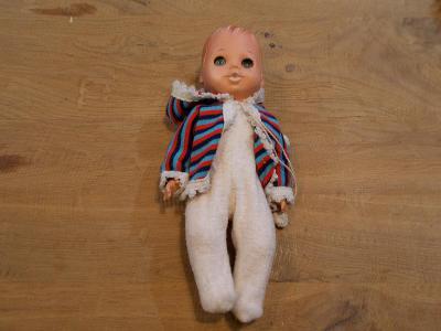 Gumo-plastová  mrkací panenka  28cm - od 1kč