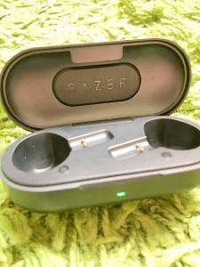 Nabízím sluchátka Razer Hammerhead True Wireless