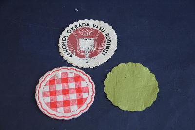 staré papírové pod tácky  VÍC V POPISU