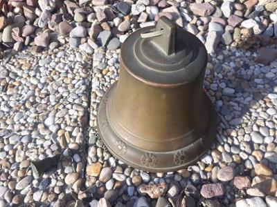 Starý mosazný lodní zvon