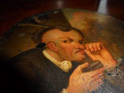 Dóza,šňupka z papírmaše,okolo r.1830 /žertovná/.
