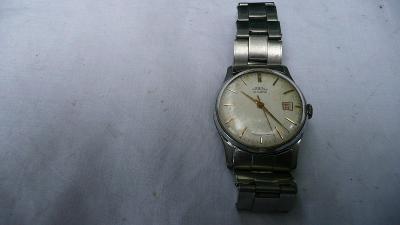 Náramkové hodinky Prim s páskem