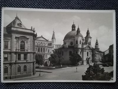 KROMĚŘÍŽ, NÁMĚSTÍ LEGIONÁŘŮ, KOSTEL, CHRÁM, AUTOBUS, 1936