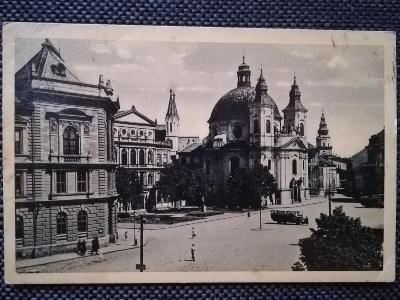 KROMĚŘÍŽ, NÁMĚSTÍ LEGIONÁŘŮ, KOSTEL, CHRÁM, AUTOBUS, 1931