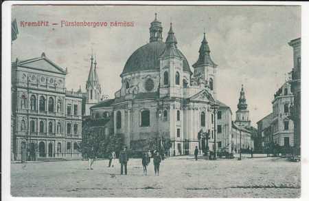 Kroměříž Fürstenbergovo náměstí kostel