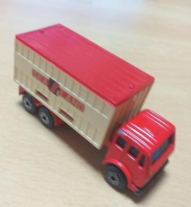 Matchbox-42C Mercedes Truck