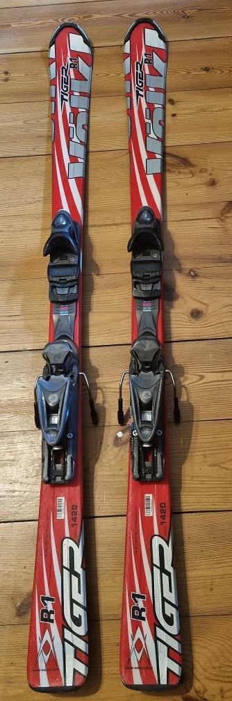 Sjezdové lyže Volkl Tyger R1 142 cm