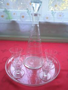 ART DECO - skleněný tác, karafa, skleničky