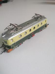 TT Krásná elektrická lokomitiva