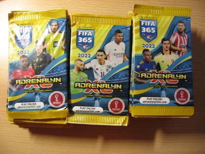 Sběratelské kartičky FIFA 365 2022  24+1 ROZBALENÝ