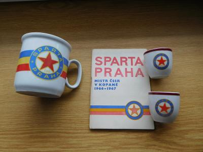 SPARTA Praha ČKD staré retro PANÁKY a brožura 1967 hrnek - hrníček