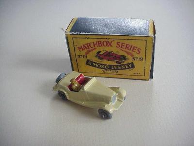 Matchbox RW Nr 19A MG MIDGET SPORTS CAR + krabička