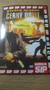 Černý úsvit/ DVD -poškrábané
