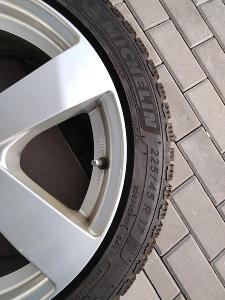 pneu zimní Michelin 4 ks, na AL ráfcích